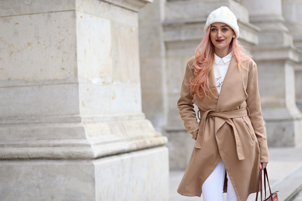 madalina misu, camel coat, blog, blog de moda, fashion blog, signature by mm, palton camel, romwe, how to wear the camel coat, perfect outfit for cold days, how to be stylish in the winter, cum purtam caciula, mango, love moschino, fashion days, h&m