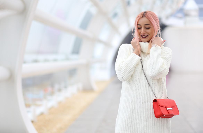turtleneck_sweater_faux_leather_pants_madalina_misu_choices_featured