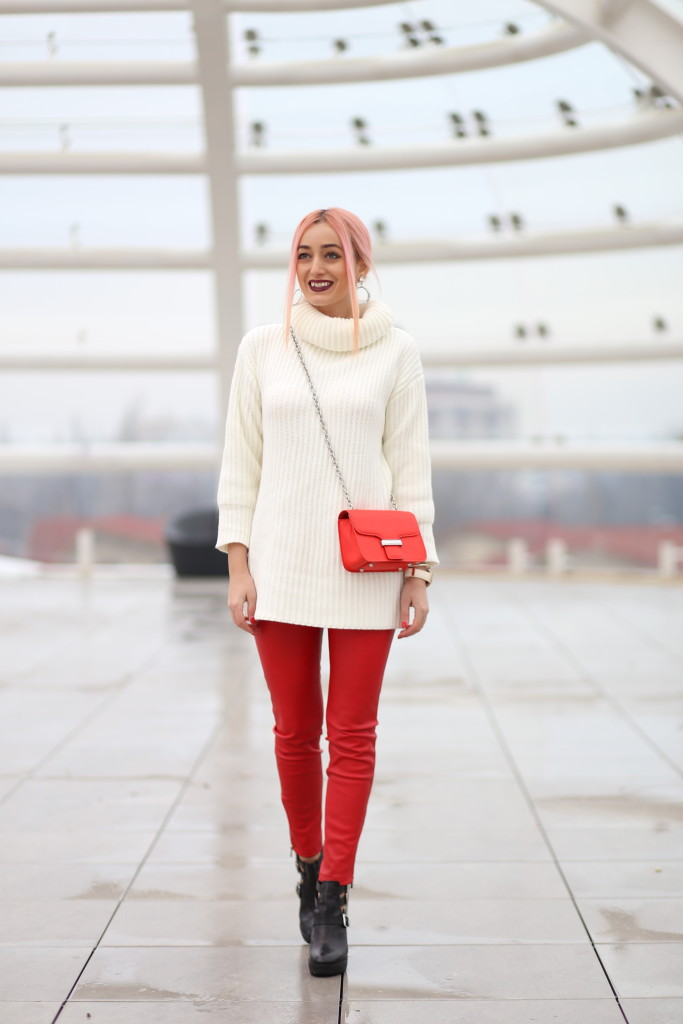 turtleneck_sweater_faux_leather_pants_madalina_misu_choies (10)