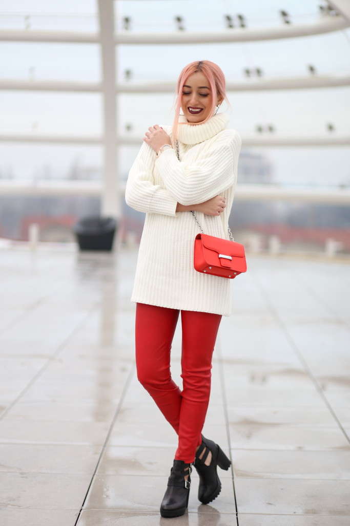 turtleneck_sweater_faux_leather_pants_madalina_misu_choies (11)