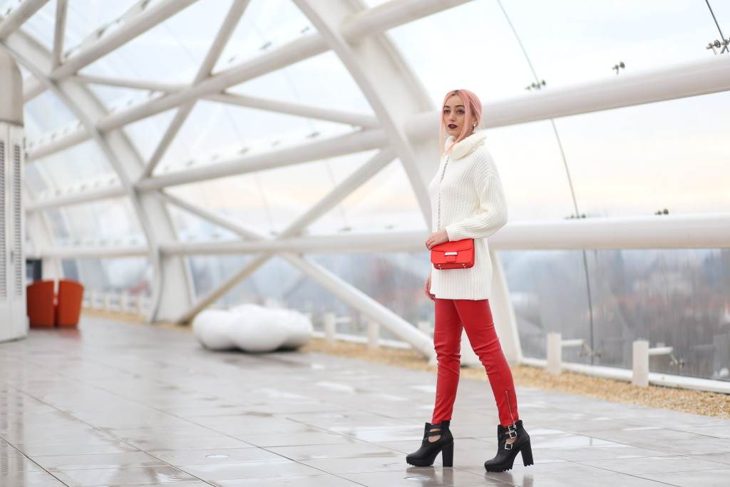 turtleneck_sweater_faux_leather_pants_madalina_misu_choies (14)