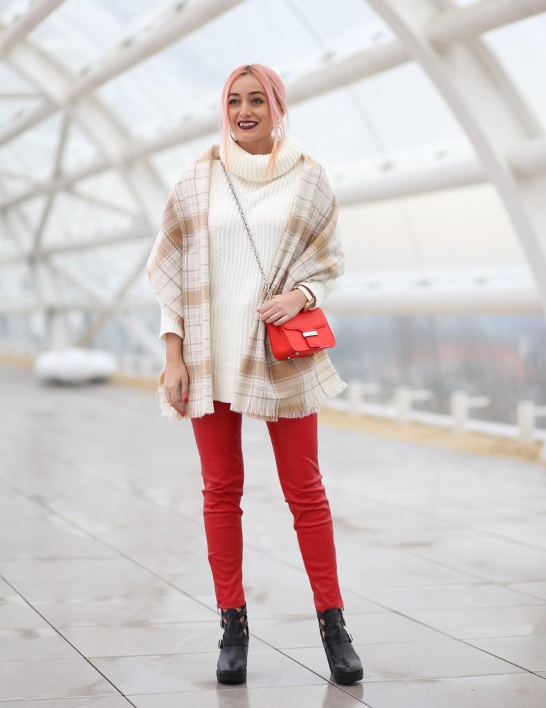 turtleneck_sweater_faux_leather_pants_madalina_misu_choies (2)