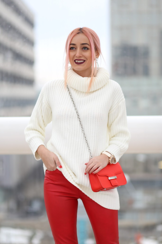 turtleneck_sweater_faux_leather_pants_madalina_misu_choies (8)