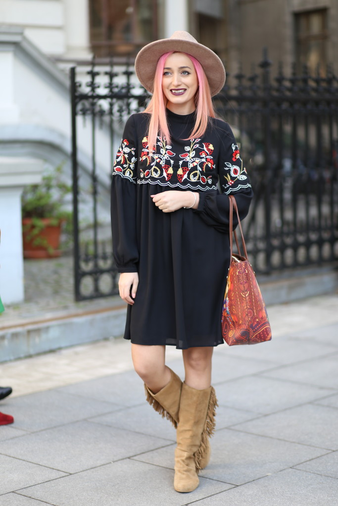 boho_chic_dress_fringes_boots_madalina_misu (4)