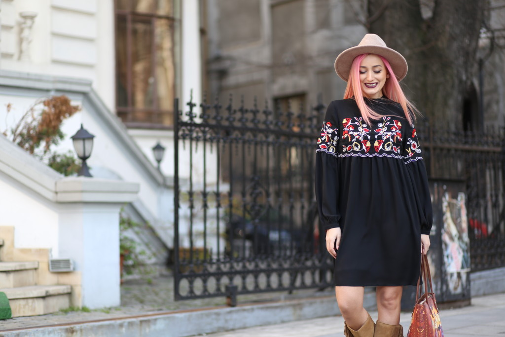 boho_chic_dress_fringes_boots_madalina_misu (8)