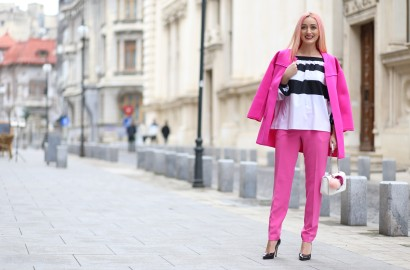 stripes_pink_outfit_madalina_misu_office_outfit (1)