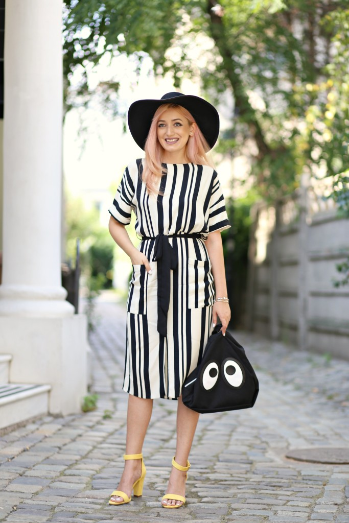 the_stripe_trend_madalina_misu_fashion_blog (1)