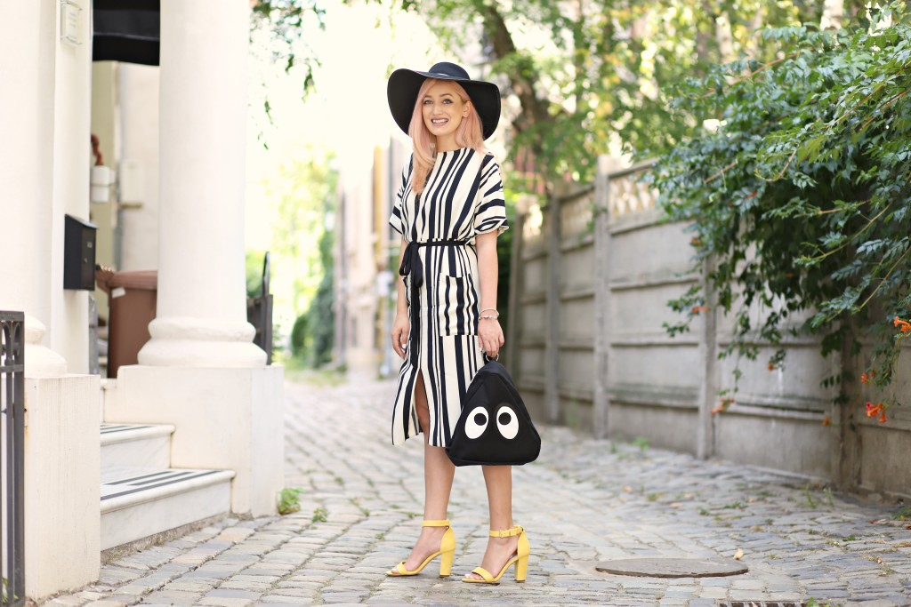 the_stripe_trend_madalina_misu_fashion_blog (12)