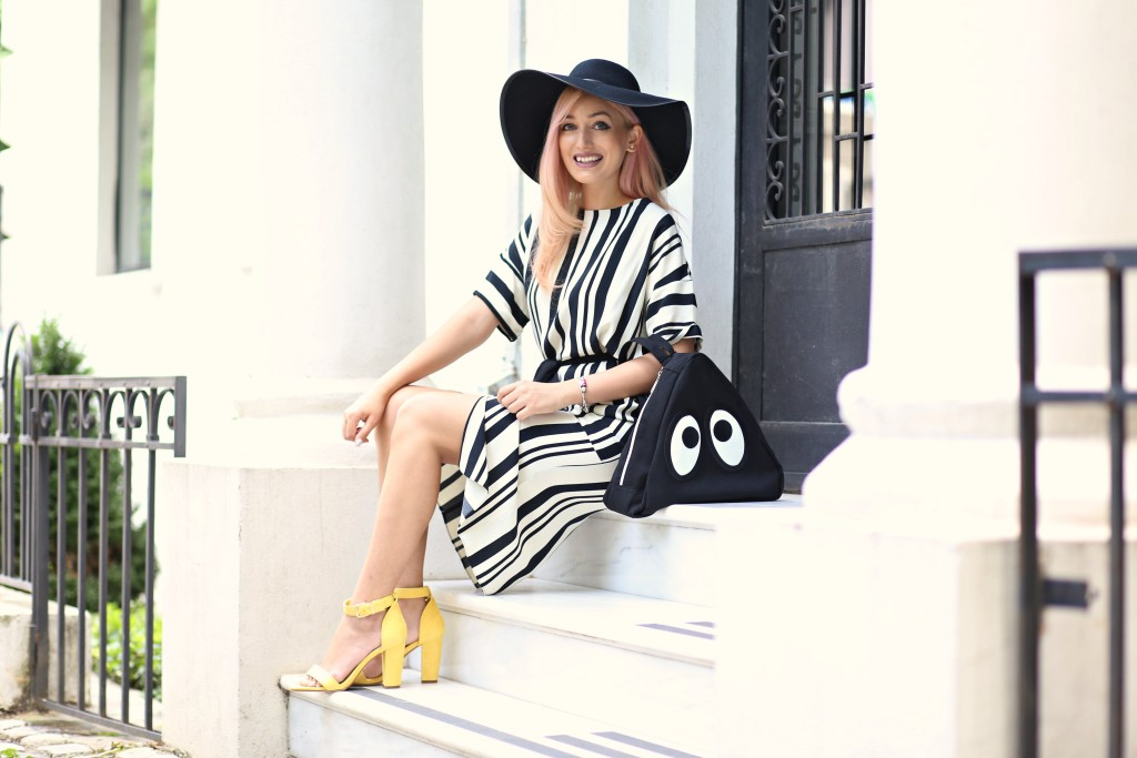 the_stripe_trend_madalina_misu_fashion_blog (14)