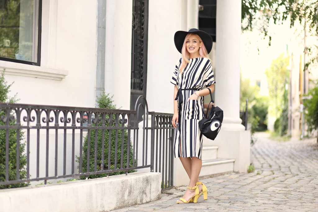the_stripe_trend_madalina_misu_fashion_blog (4)
