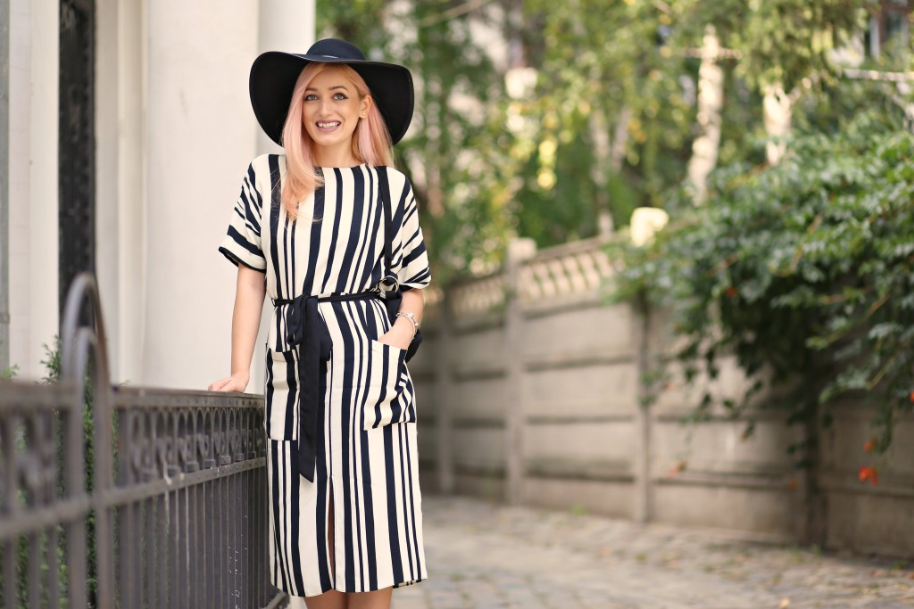 the_stripe_trend_madalina_misu_fashion_blog (7)