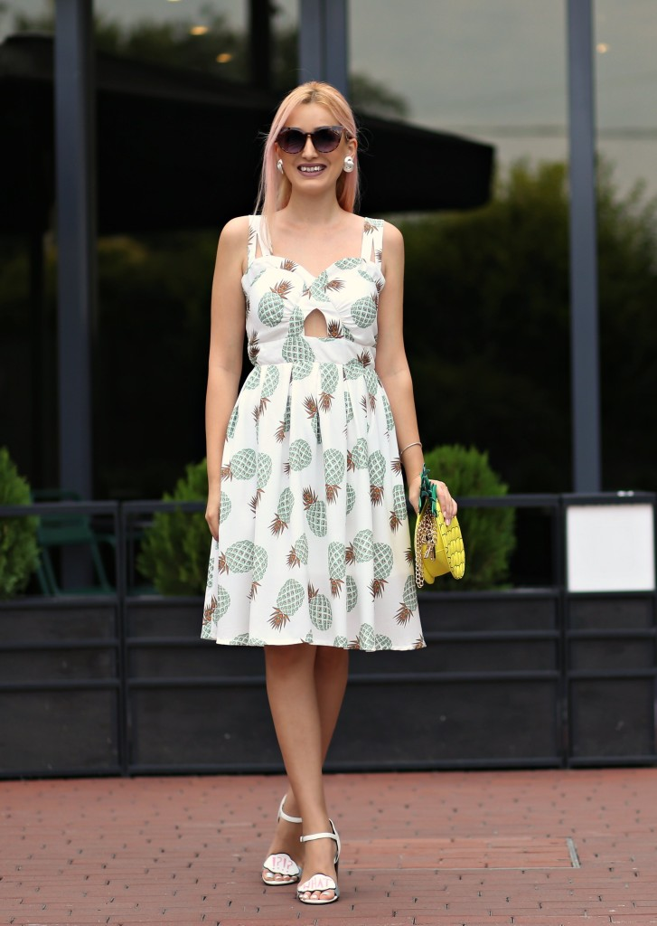 madalina misu, madalina misu fashion blog, blog de moda, top bloguri moda, top fashion blogs, top romanian bloggers, top bloggeri romani, zaful, zaful review, pineapple girl, pineapple fashion, pineapple dress, pineapple bag, asos