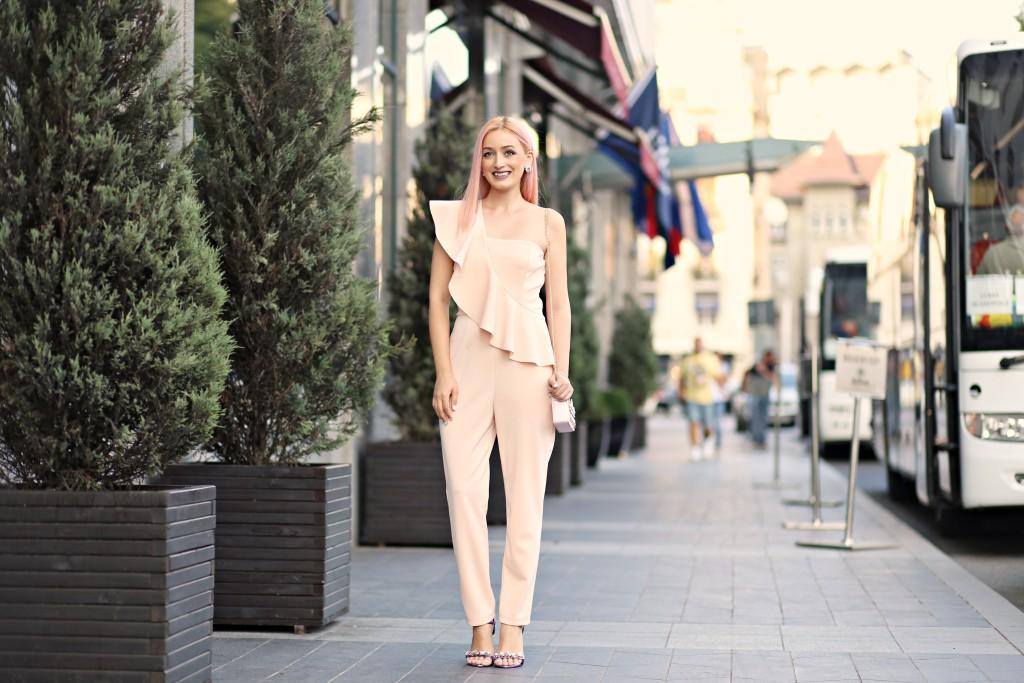 madalina misu, madalina misu fashion blog, blog de moda, top bloguri moda, top fashion blogs, top romanian bloggers, top bloggeri romani, woman fashion, salopeta woman fashion, cm purtam salopeta de seara, how to wear the jumpsuit, how to wear the elegant jumpsuit