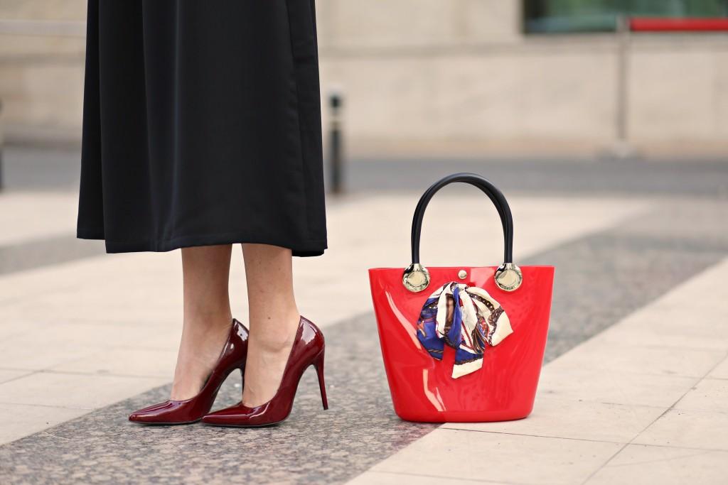 midi_black_dress_madalina_misu_fashion_blog-12