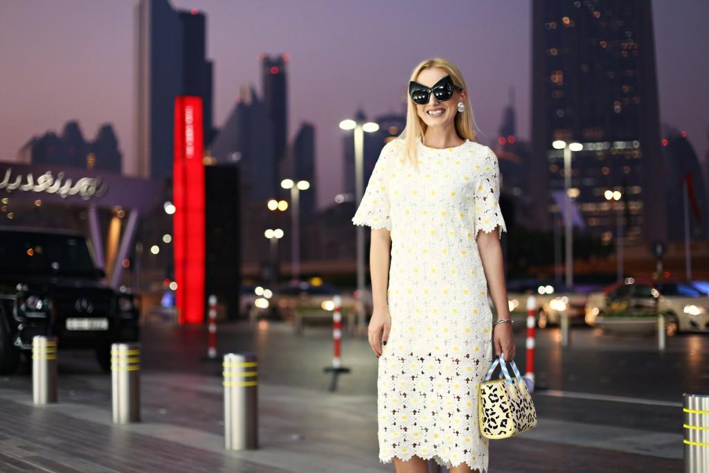 madalina misu, madalina misu fashion blog, blog de moda, vacanta in dubai, dubai mall, dubai parere, rochie midi dantela, rochie midi, cum purtam rochia midi, top bloguri moda, top fashion bloggers, top romanian bloggers, ce sa faci in dubai, choies, skinnydip, aldo, ootd, outfit of the day