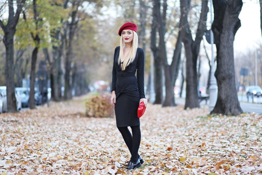madalina misu, madalina misu fashion blog, blog de moda, fashion blog, top bloggeri, top fashion bloggers, top bloguri moda, little black dress, cum purtam little black dress, how to wear the little black dress, beret, how to wear the red beret, lips clutch, choies, pinkbasis, asos, bagatt