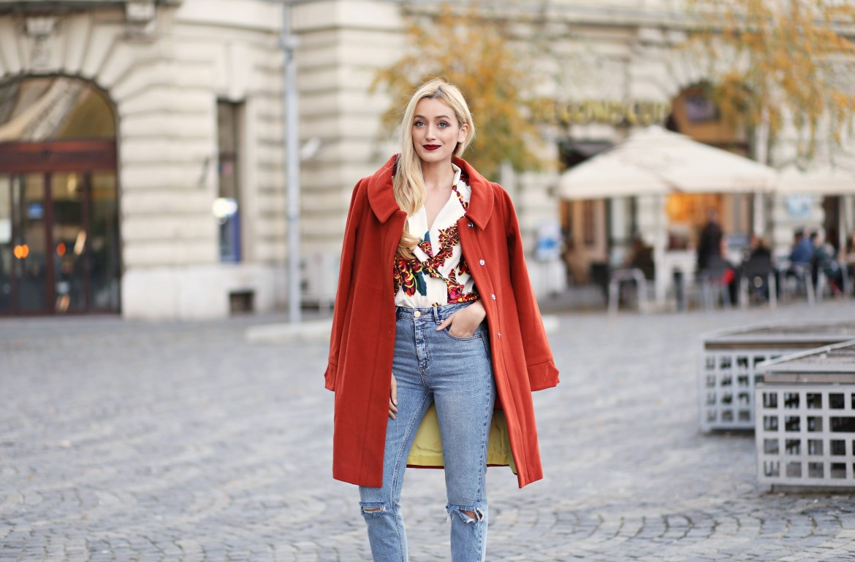 madalina misu, madalina misu fashion blog, blog de moda, fashion blog, giorgal, zaful, moschino, asos, ripped jeans, palton giorgal, top bloguri, top fashion bloggers, top bloguri moda