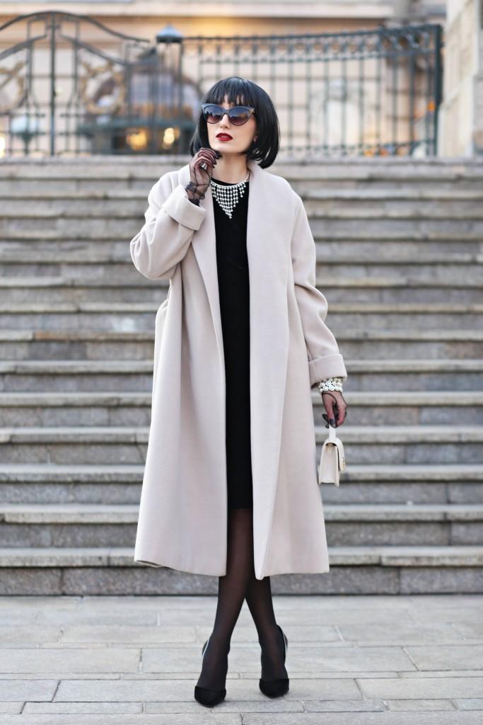 madalina misu, madalina misu fashion blog, blog de moda, top bloguri moda, top bloggeri tomani, palton woman fashion, woman fashion eview, little black dress, amelie surie, top fashion bloggers