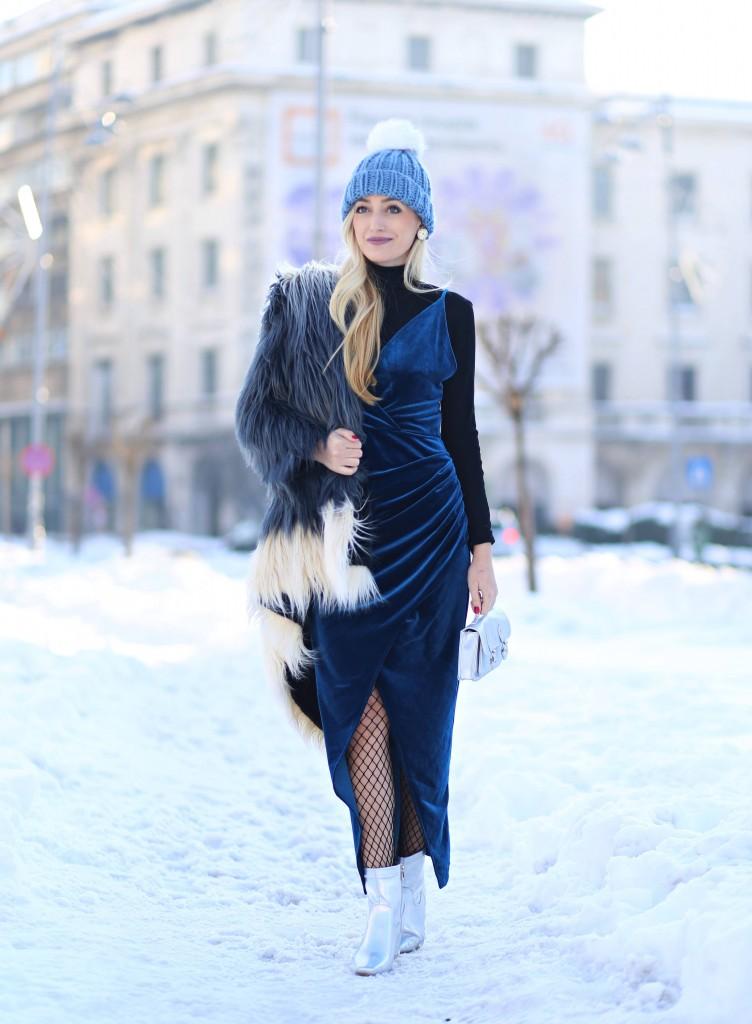 madalina misu, madalina misu fashion blog, blog de moda, blog de fashion, top bloguri, top fashion bloggers, top romanian bloggers, cum purtam rochia de seara, doua modalitati de a purta aceeasi rochie, dresslily, dresslily review, outfit of the day, ootd, asos, little mistress, faux fur coat, how to wear the faux fur coat, cum purtam jacheta din blana