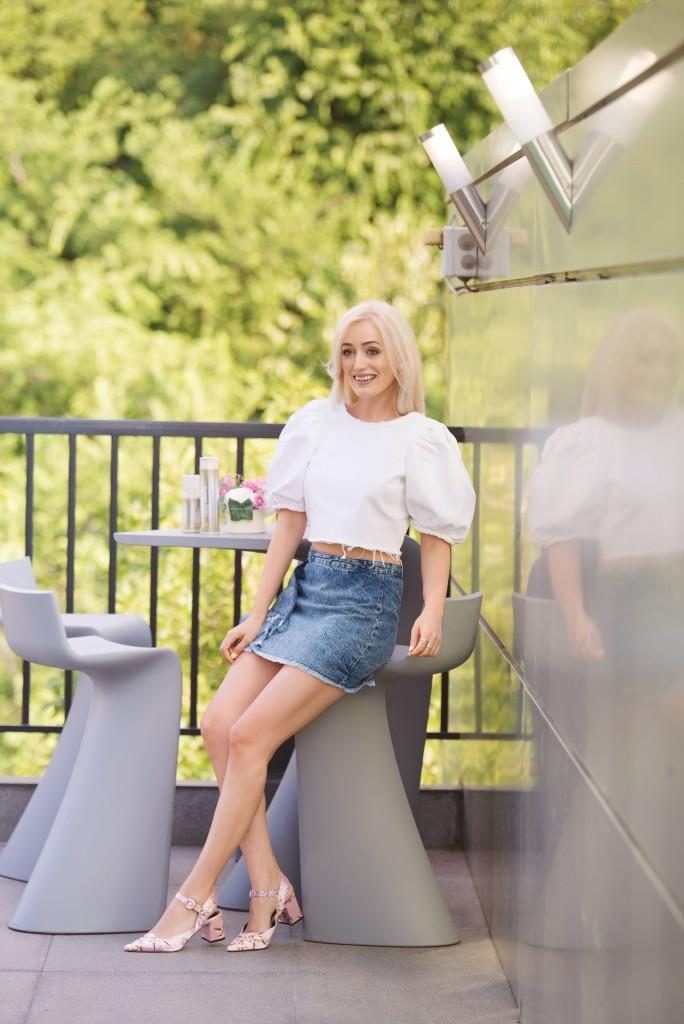 madalina misu, madalina misu fashion blog, live the blonde life, joico, blonde life joico, blond platinat, cum sa ai parul blond perfect, blog de moda, top fashion bloggers, top romanian bloggers, blond platinat joico, topline, hilary duff joico, blonde life, pudra blonde life, sampon blonde life, blonde life joico review, blonde life joico parere, gabriela dima, topline romania, joico