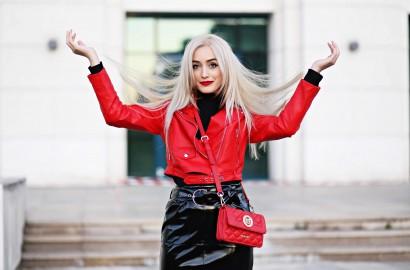 blog de moda, blond platinat, blond platinat joico, blonde life, blonde life joico, blonde life joico parere, blonde life joico review, cum sa ai parul blond perfect, gabriela dima, hilary duff joico, joico, live the blonde life, madalina misu, madalina misu fashion blog, pudra blonde life, sampon blonde life, top fashion bloggers, top romanian bloggers, topline, topline romania
