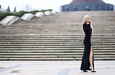 madalina misu, madalina misu fashion blog, blog de fashion, blog de moda, rochie lunga neagra, woman fashion, smart shopping, black friday, woman fashion black friday, reduceri black friday, de unde ne cumparam haine de black friday, super reduceri la haine, ootd, outfit of the day